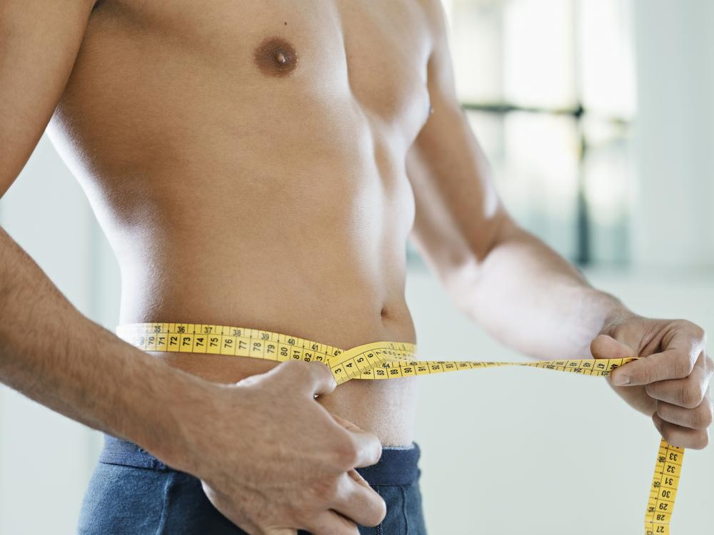 ラグジュアリーな男は言う「中年太り?下っ腹って出るものですか?」